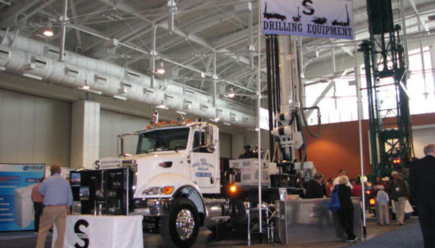 Simco had one of many large rigs at the Expo.