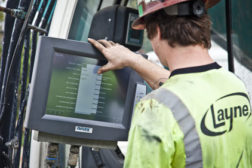 Layne Bencor uses noax touchscreen systems to allow operators to monitor a variety of drilling-related data on the jobsite.