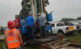 driller working with project engineer