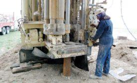 driller operating rig